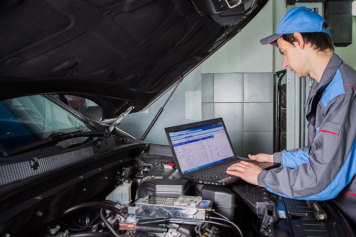 Диагностика двигателя Audi Q7, 2012