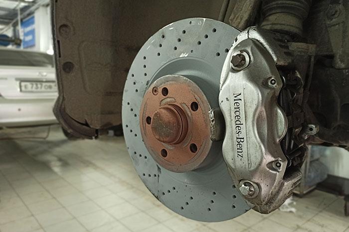 Замена передних тормозных дисков Mercedes-Benz M-Class ML 350 BlueTEC 4MATIC